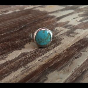 Vintage Turquoise and Silver ring size 6 1/2